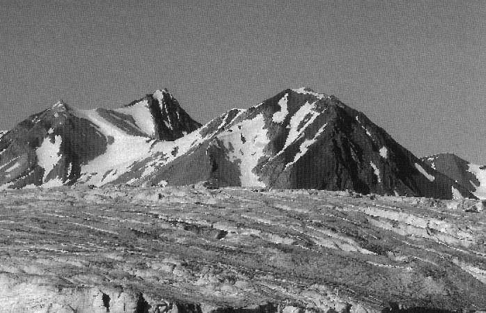 Spitzbergen in Schwarzweiß und Farbe