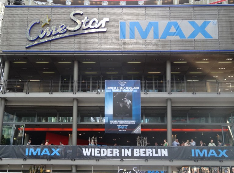CineStar IMAX im Sony Center - Bild 3