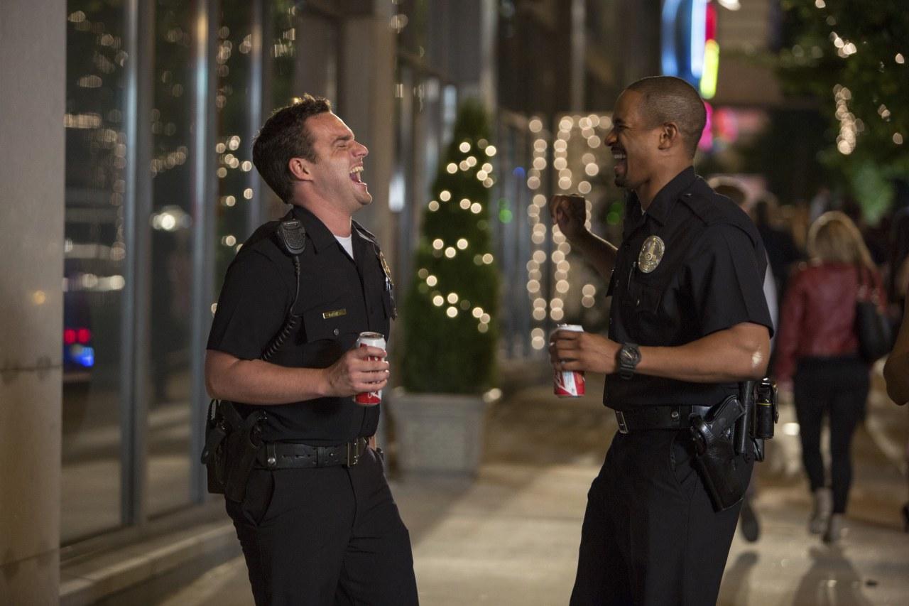 Let's be Cops - Die Party Bullen - Bild 9