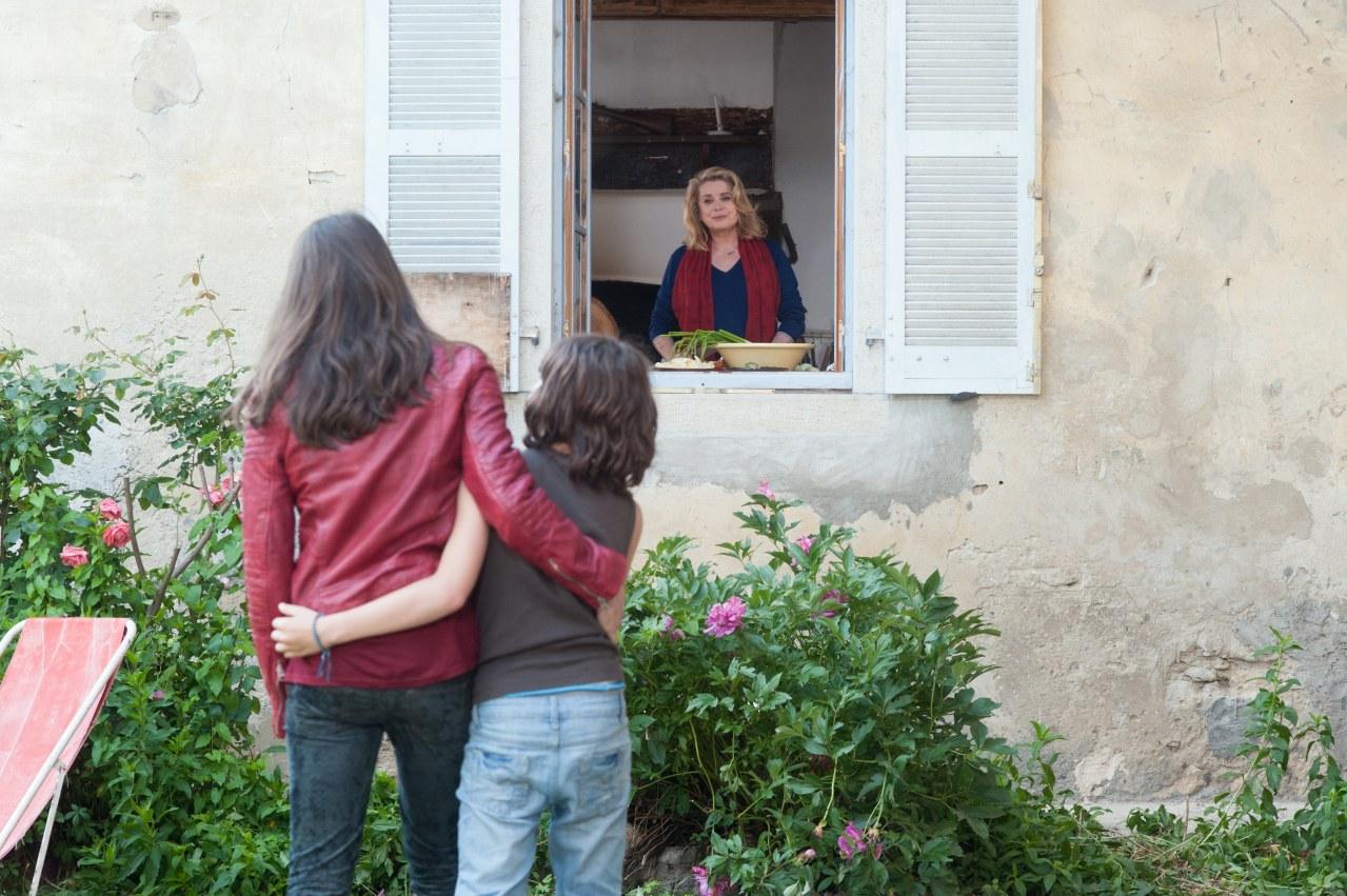 Madame empfiehlt sich - Bild 12