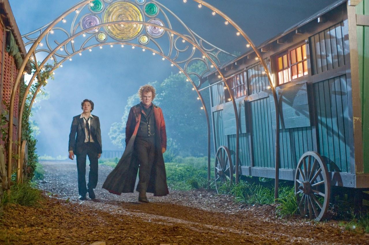 Mitternachtszirkus - Willkommen in der Welt der Vampire - Bild 1