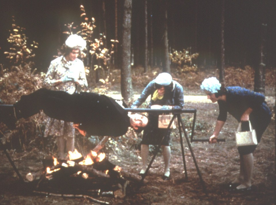 Monty Python's - Der Sinn des Lebens - Bild 1