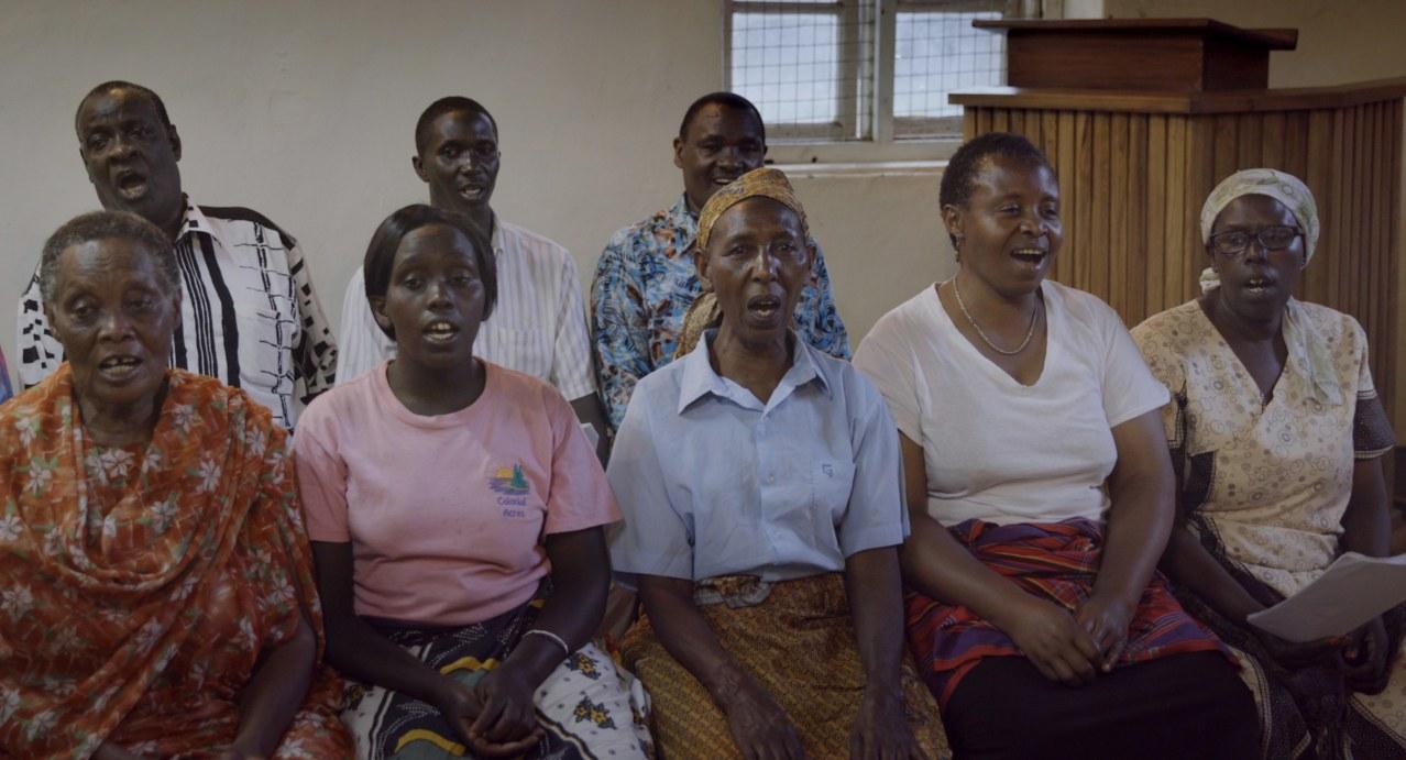 Sing it loud - Luthers Erben in Tansania - Bild 1
