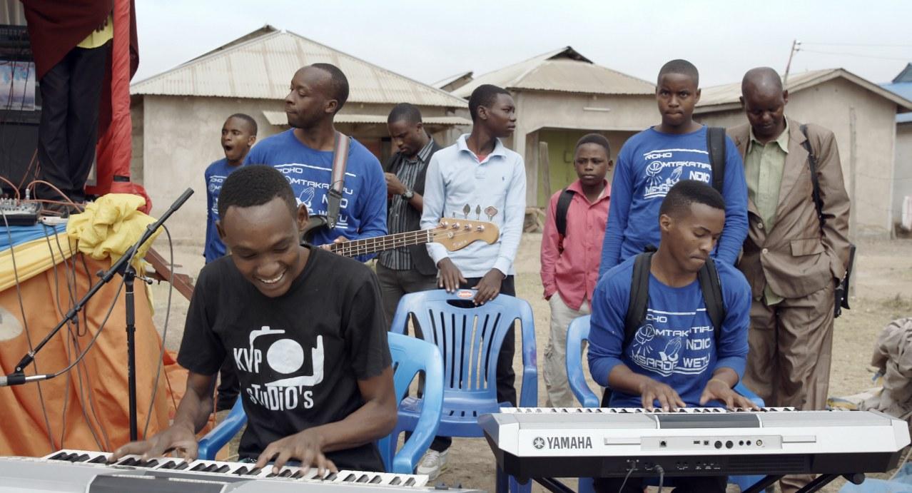 Sing it loud - Luthers Erben in Tansania - Bild 4