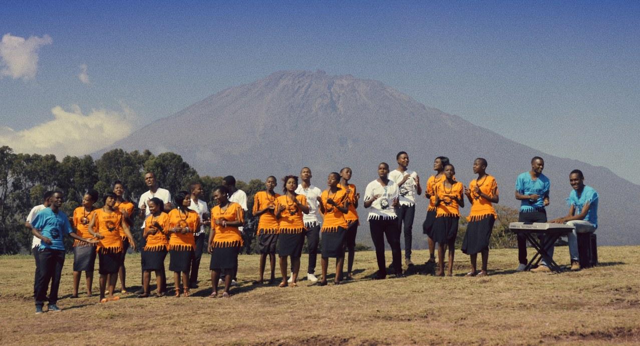 Sing it loud - Luthers Erben in Tansania - Bild 8