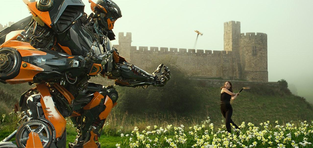 Transformers: The Last Knight - Bild 4