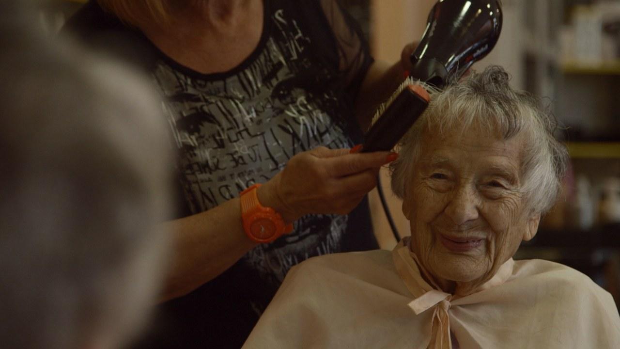 Ü100 - Acht über Hundertjährige und ihre Lebenswelt - Bild 2