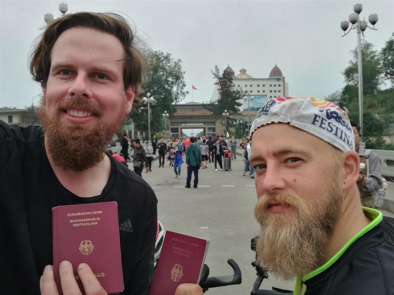 Verplant - Wie zwei Typen versuchen, mit dem Rad nach Vietnam zu fahren - Bild 7