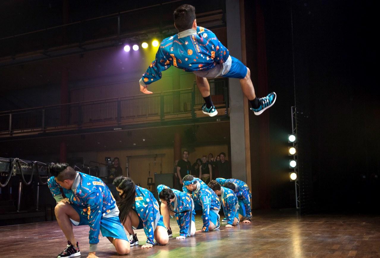 We Love To Dance - Bild 3