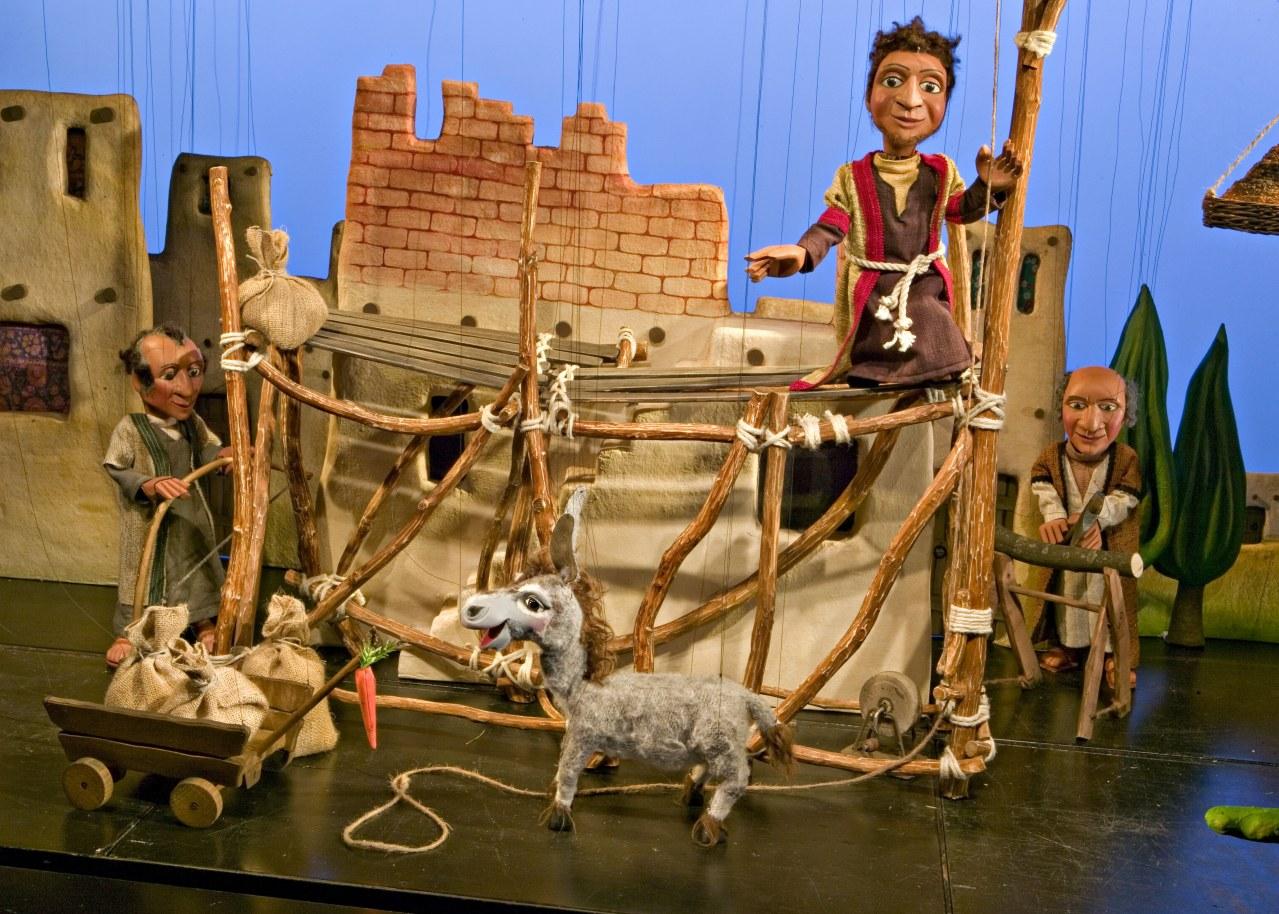 Augsburger Puppenkiste: Die Weihnachtsgeschichte - Bild 1