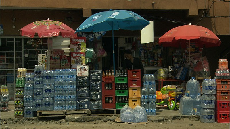 Bottled Life - Das Geschäft mit dem Wasser - Bild 9