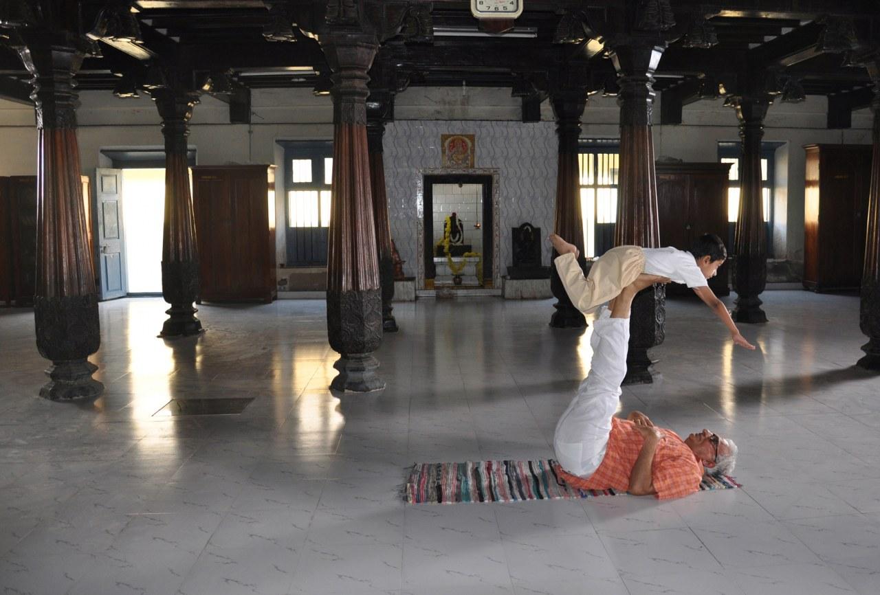 Der atmende Gott - Eine Reise zum Ursprung des modernen Yoga - Bild 7