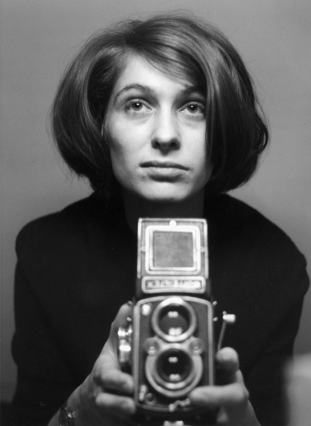 Die Frau mit der Kamera - Abisag Tüllmann - Bild 1