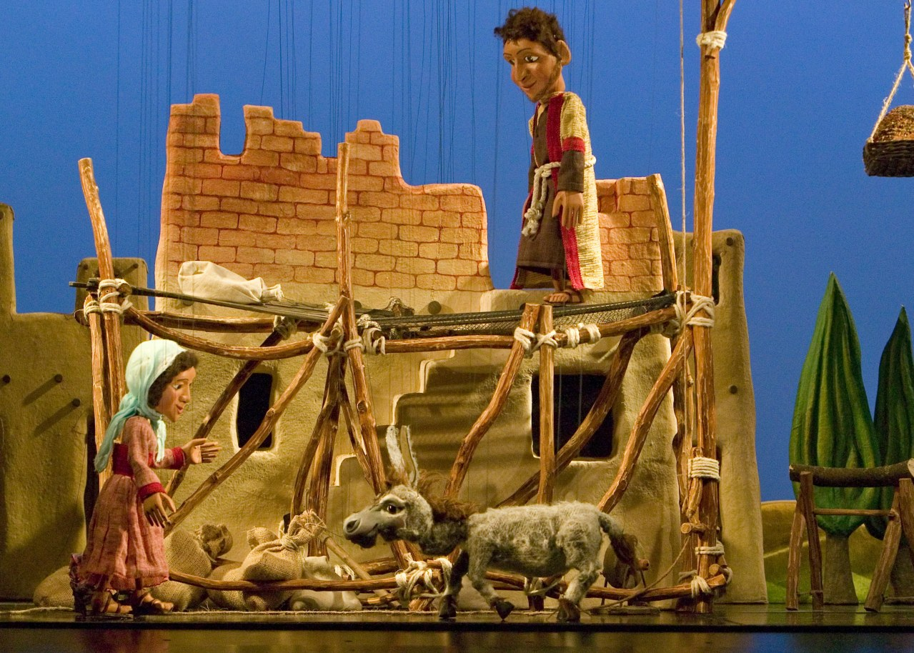 Die Weihnachtsgeschichte in einer Inszenierung der Augsburger Puppenkiste - Bild 1