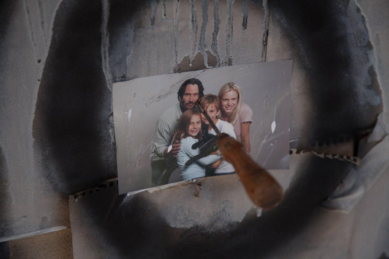 Knock Knock - Bild 11