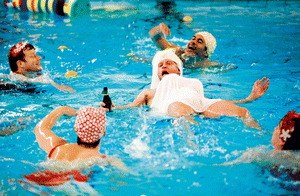 Männer im Wasser - Bild 1