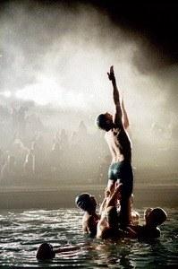 Männer im Wasser - Bild 2