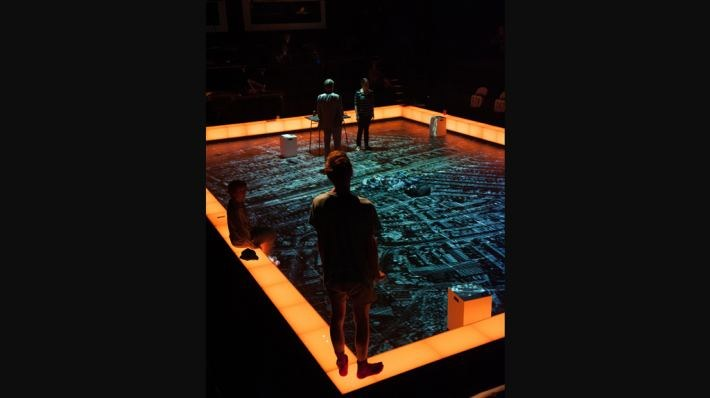 National Theatre Live: The Curious Incident of the Dog in the Night-Time - Bild 28