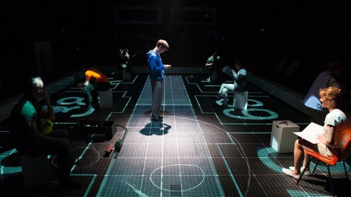 National Theatre Live: The Curious Incident of the Dog in the Night-Time - Bild 29
