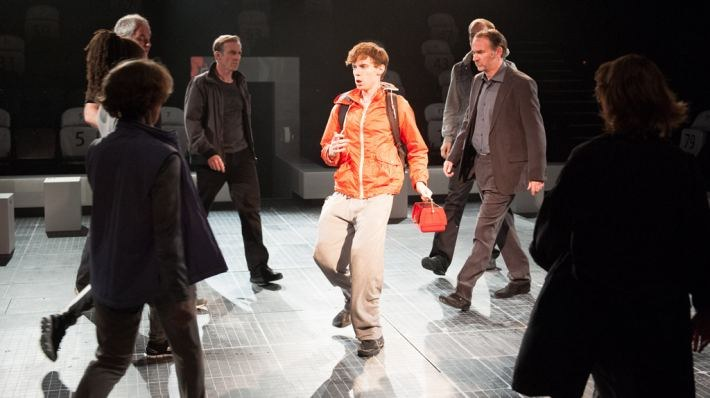 National Theatre Live: The Curious Incident of the Dog in the Night-Time - Bild 4