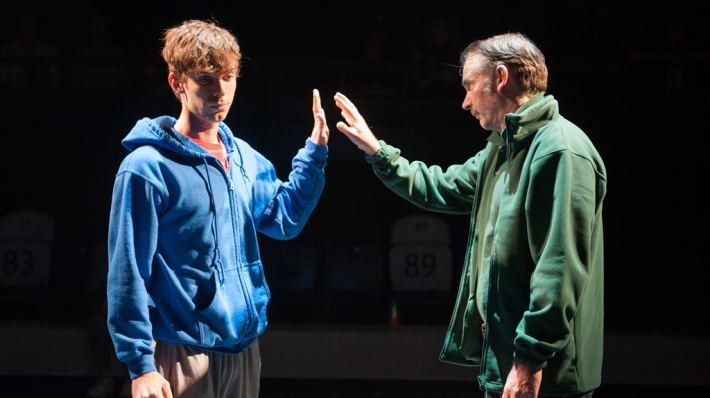 National Theatre Live: The Curious Incident of the Dog in the Night-Time - Bild 8
