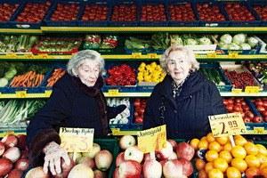 Oma und Bella - Bild 1