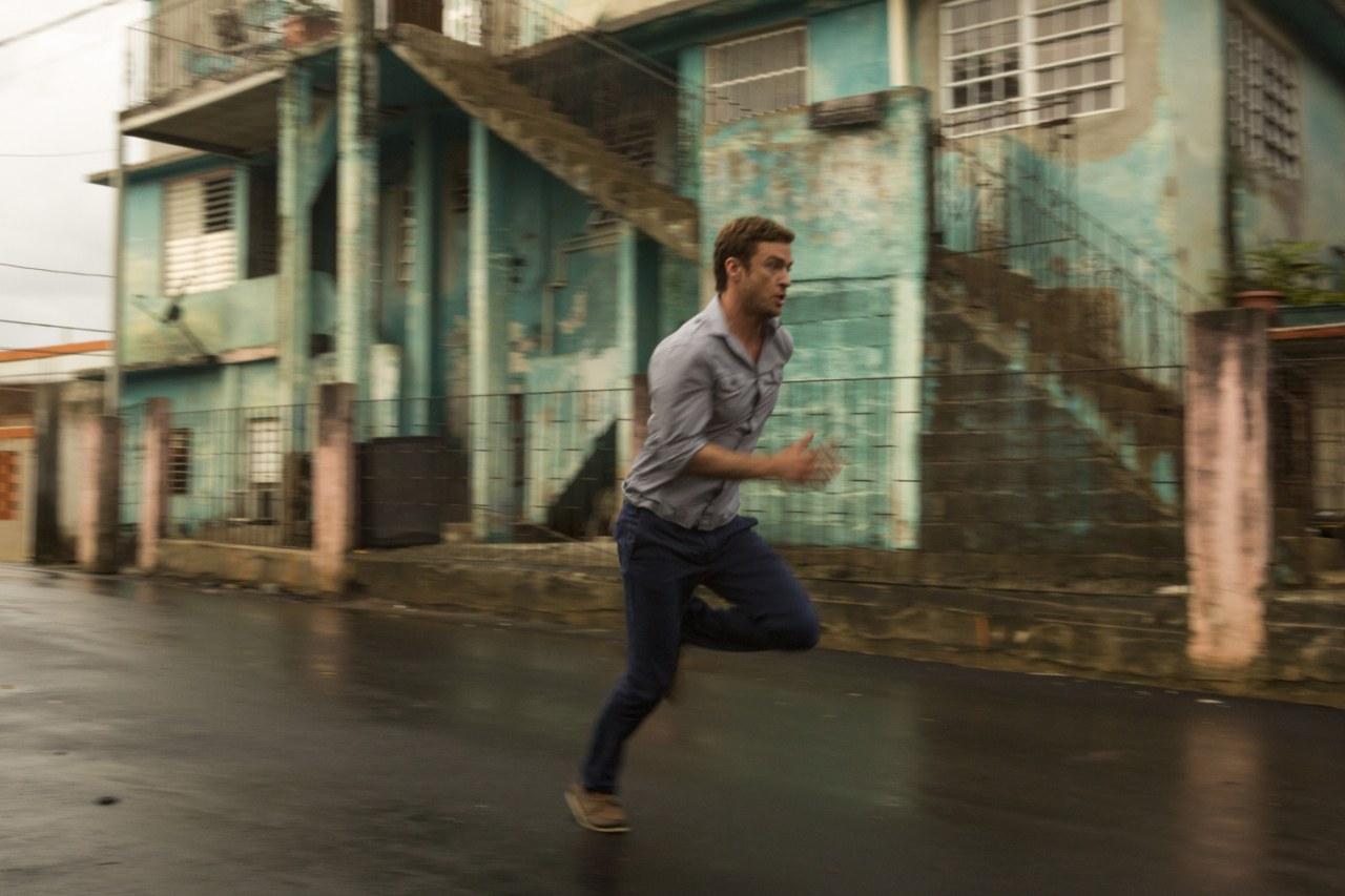 Runner, Runner - Bild 23