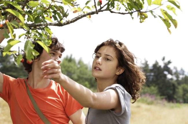 Un amour de jeunesse - Bild 8