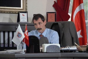 Vali - Der Gouverneur - Bild 1
